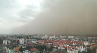 Chmura pyłu nad Szczecinem (Maja Podemska)