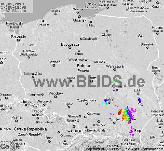 Ścieżka burz w godzinach 17.00-19.00 (blids.de)